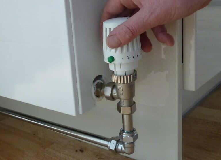 Per l'ultimo radiatore è probabile che il detentore dovrà essere aperto del tutto
